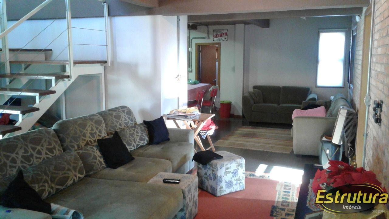 Casa com 5 Dormitórios à venda, 280 m² por R$ 1.000.000,00
