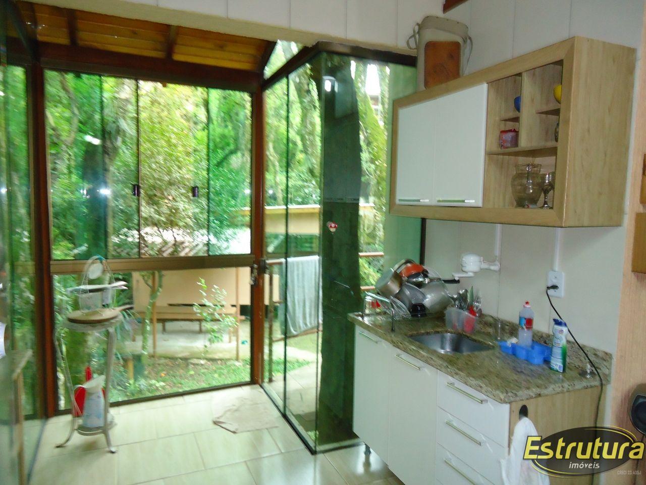 Casa com 4 Dormitórios à venda, 140 m² por R$ 320.000,00