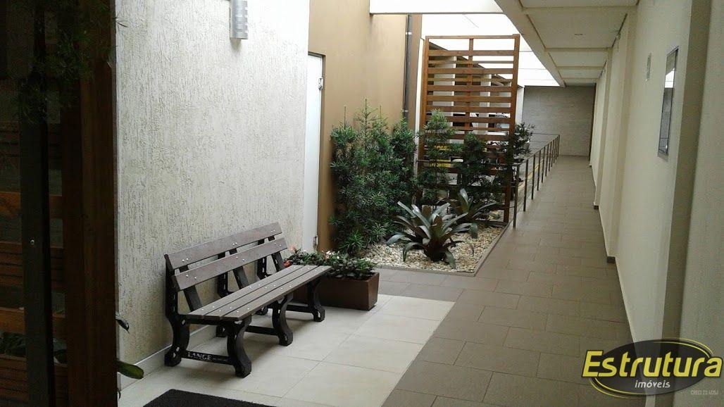Apartamento com 1 Dormitórios à venda, 54 m² por R$ 220.000,00