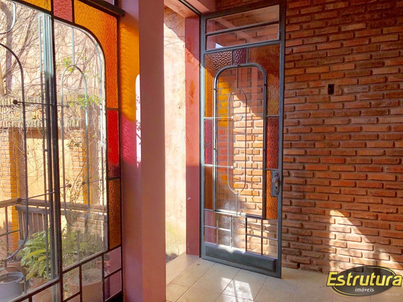 Casa com 3 Dormitórios à venda, 214 m² por R$ 500.000,00