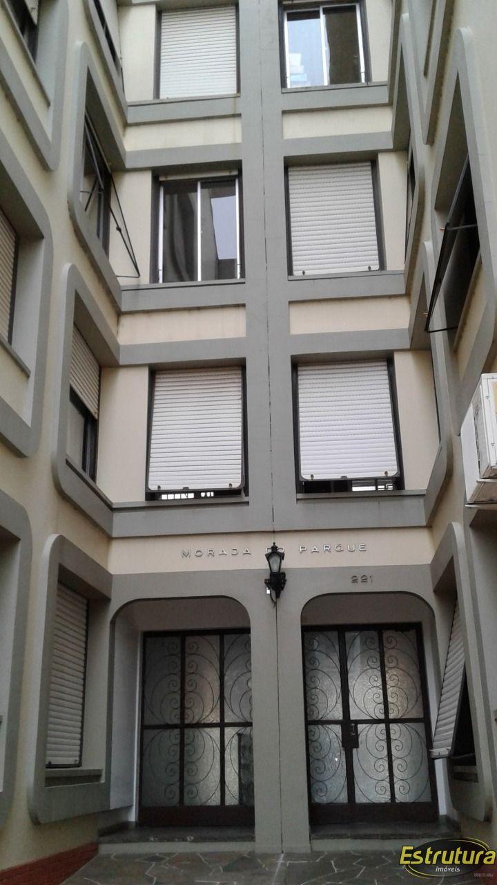 Apartamento com 3 Dormitórios à venda, 113 m² por R$ 420.000,00
