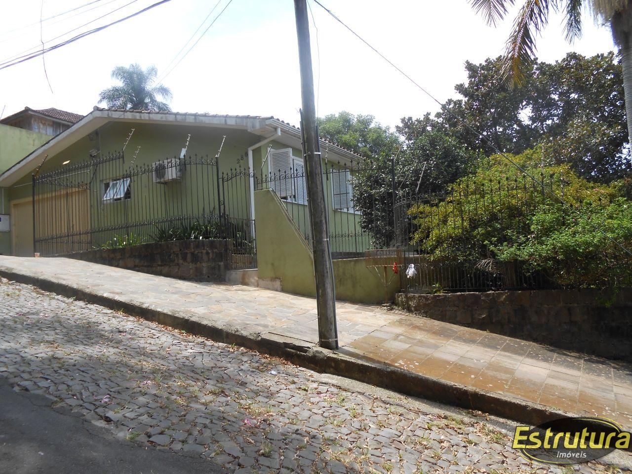 Casa com 3 Dormitórios à venda, 174 m² por R$ 850.000,00