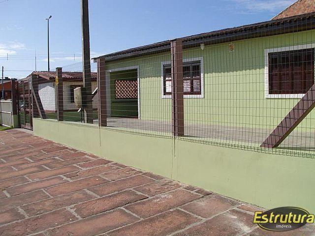 Casa com 3 Dormitórios à venda, 160 m² por R$ 210.000,00