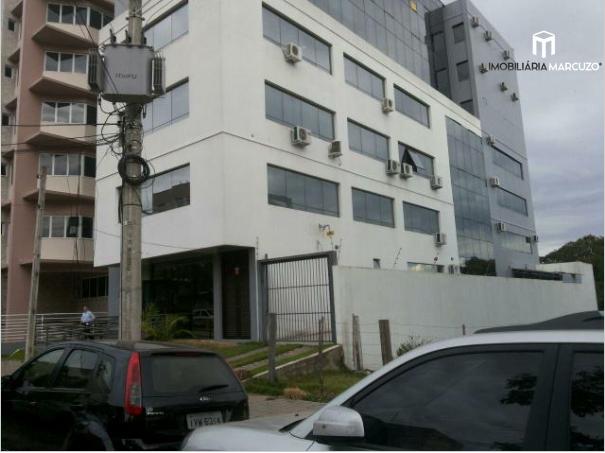 Sala comercial à venda, 73 m² por R$ 235.000,00