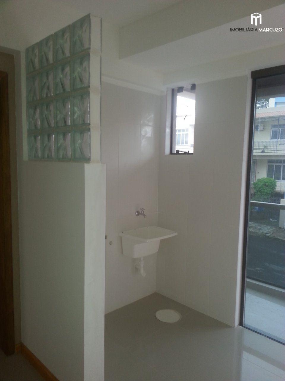 Apartamento com 1 Dormitórios à venda, 50 m² por R$ 185.000,00