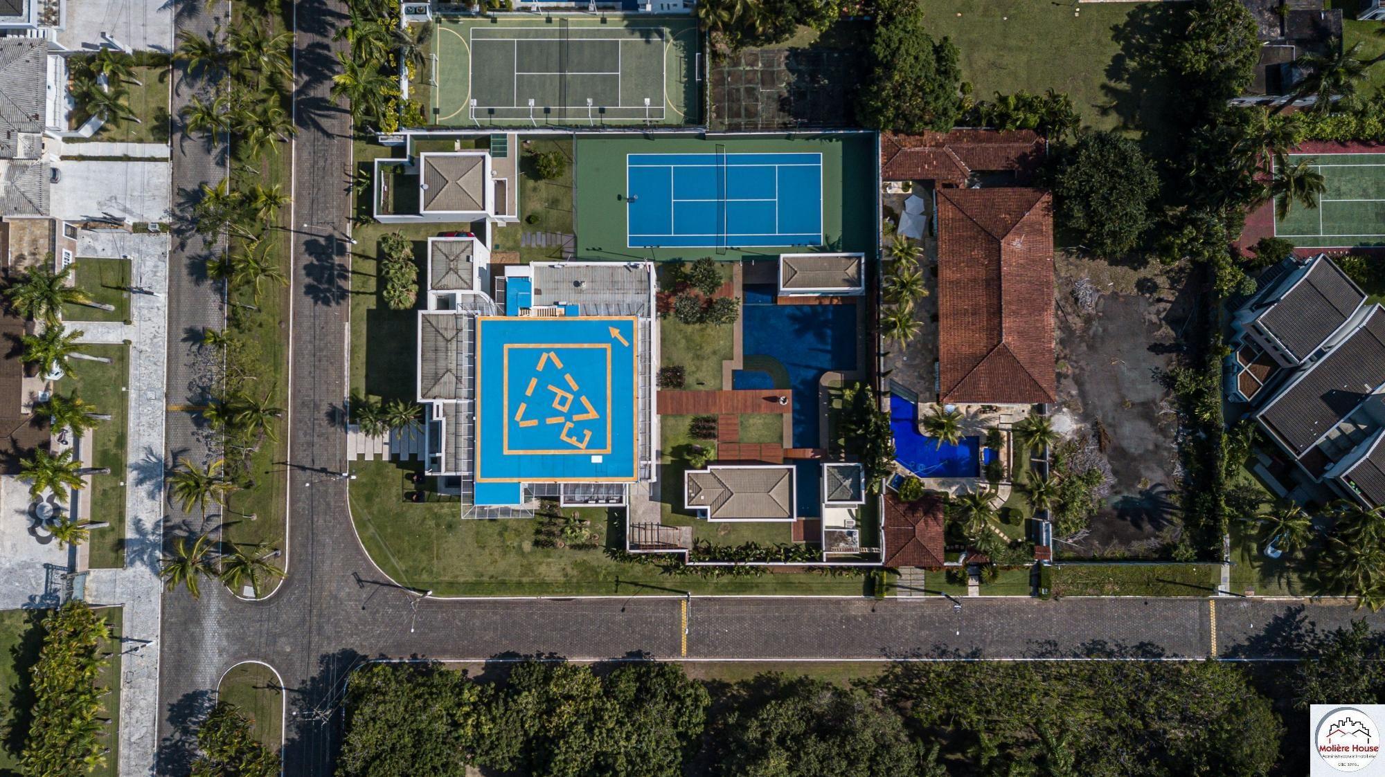Casa à venda  no Jardim Acapulco - Guarujá, SP. Imóveis