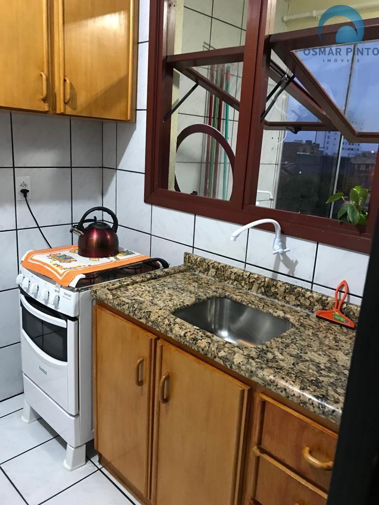 Apartamento 2 dormitórios em Torres, no bairro Centro