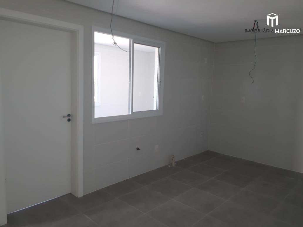 Apartamento com 3 Dormitórios à venda, 210 m² por R$ 810.000,00