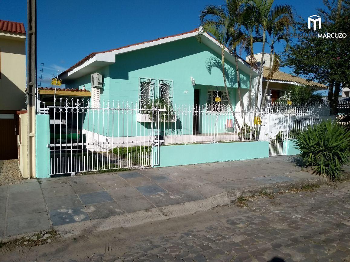 Casa com 3 Dormitórios à venda, 120 m² por R$ 475.000,00
