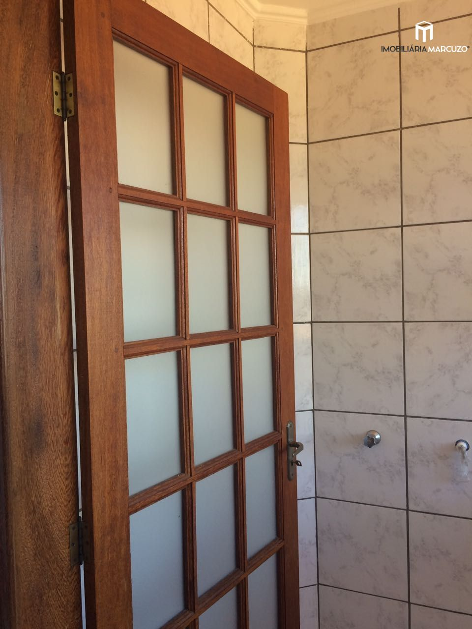 Apartamento com 2 Dormitórios à venda, 60 m² por R$ 250.000,00