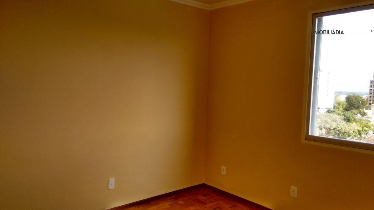 Apartamento com 4 Dormitórios à venda, 114 m² por R$ 310.000,00