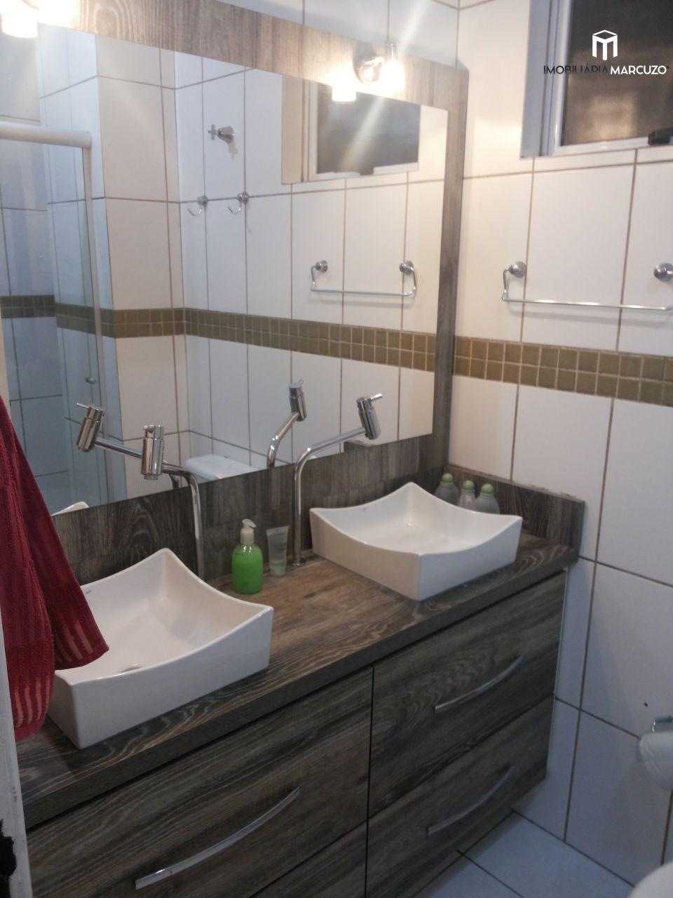 Casa com 3 Dormitórios à venda, 137 m² por R$ 240.000,00
