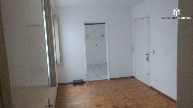 Apartamento com 2 Dormitórios à venda, 79 m² por R$ 208.000,00