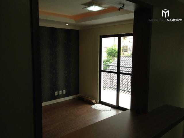 Apartamento com 2 Dormitórios à venda, 80 m² por R$ 300.000,00