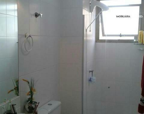 Apartamento com 2 Dormitórios à venda, 88 m² por R$ 300.000,00