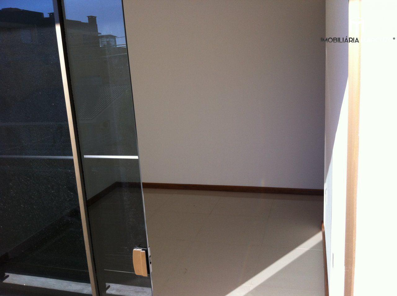 Apartamento com 1 Dormitórios à venda, 31 m² por R$ 185.000,00