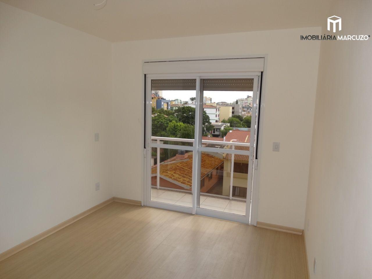 Apartamento com 3 Dormitórios à venda, 90 m² por R$ 370.000,00