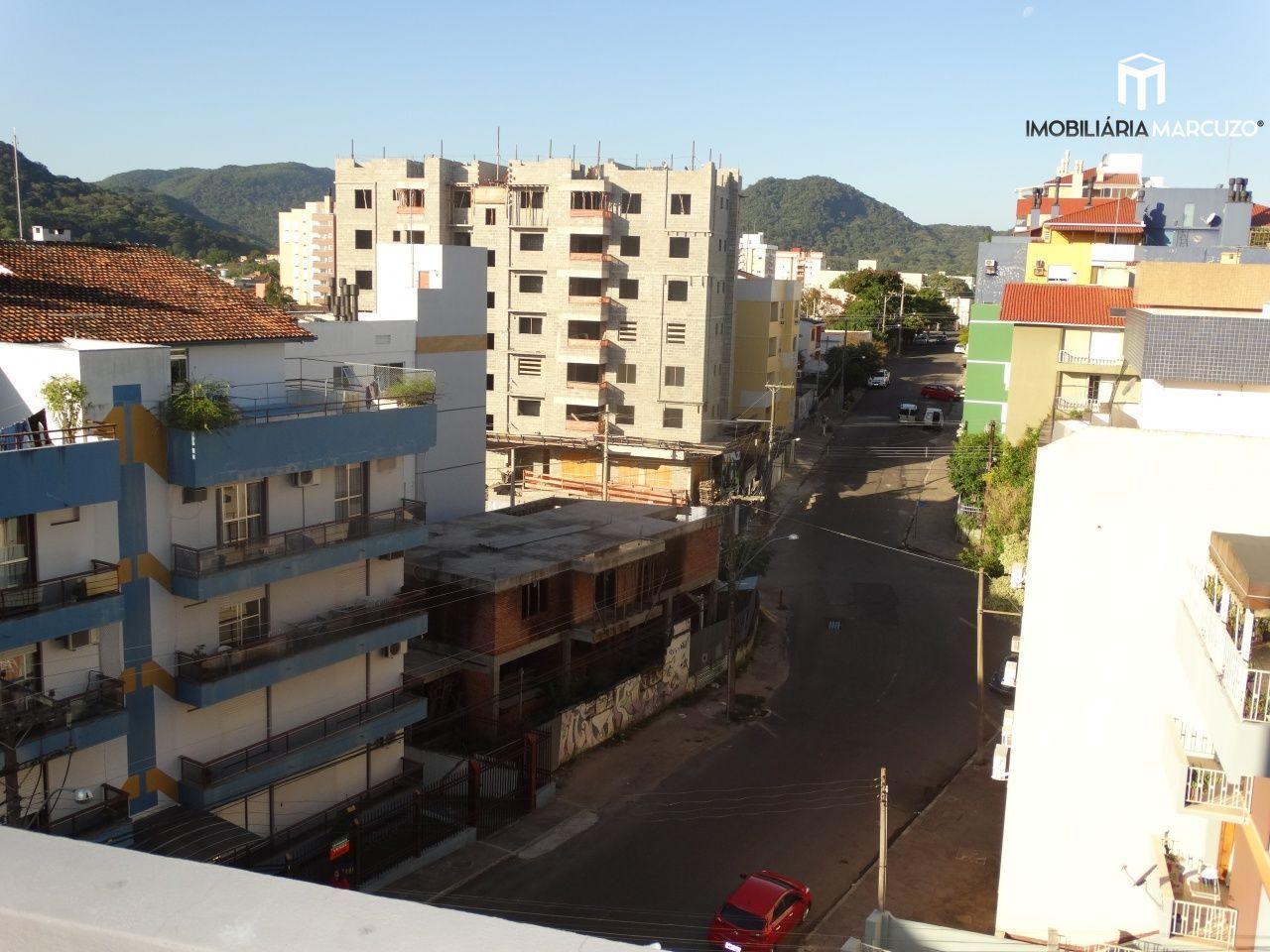 Apartamento com 2 Dormitórios à venda, 71 m² por R$ 265.000,00