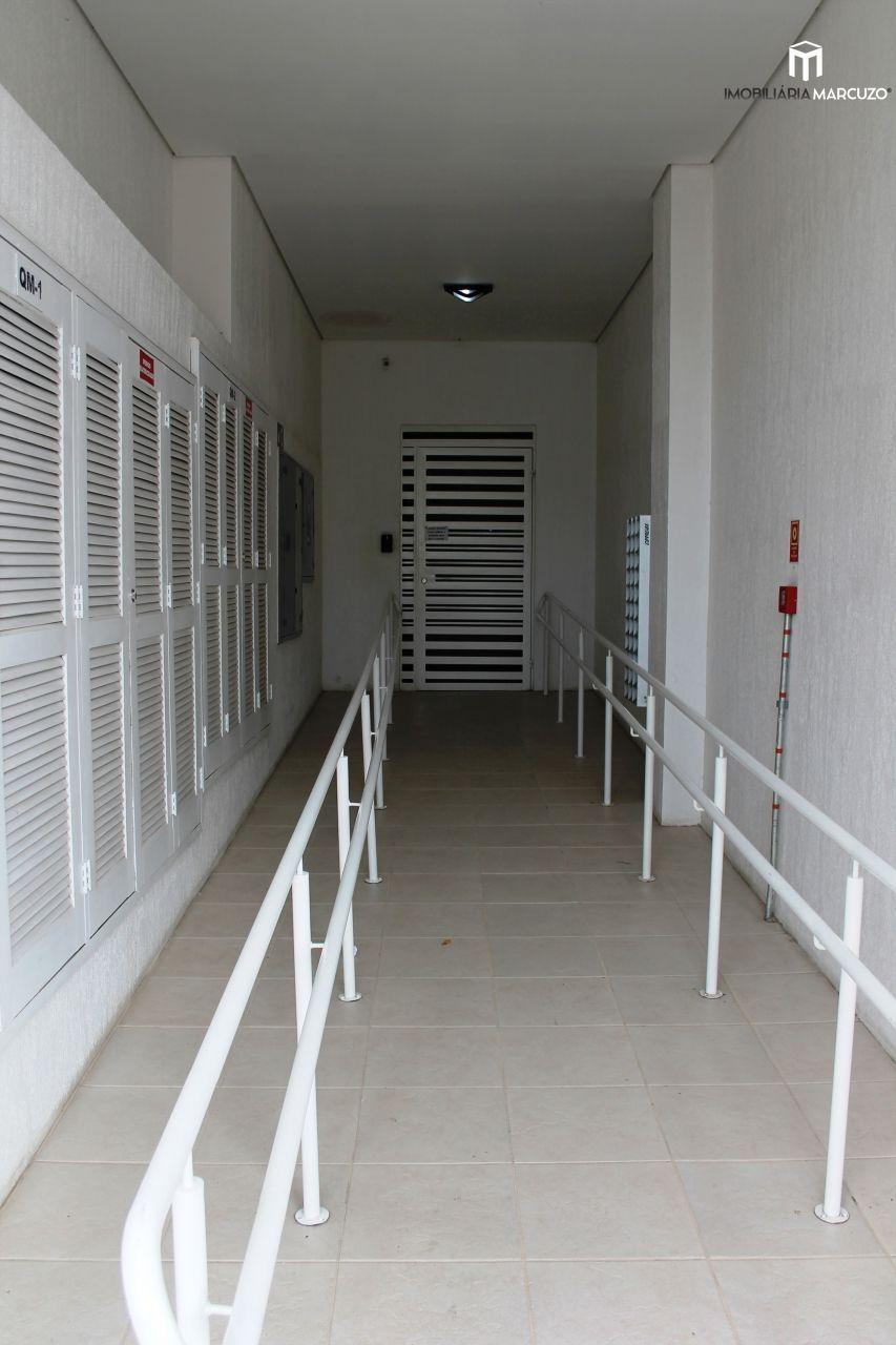 Apartamento com 2 Dormitórios à venda, 89 m² por R$ 330.000,00