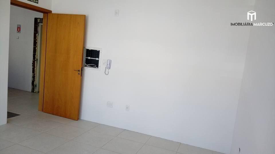 Sala comercial para alugar, 40 m² por R$ 900,00