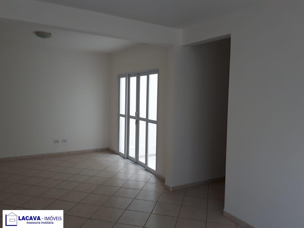 Apartamento com 3 Dormitórios à venda, 130 m² por R$ 330.000,00