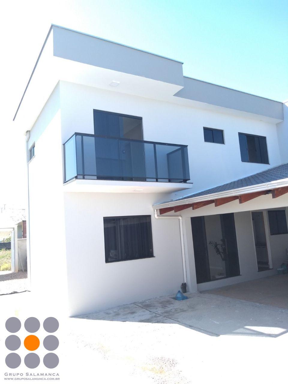 Casa à venda  no Itacolomi - Balneário Piçarras, SC. Imóveis