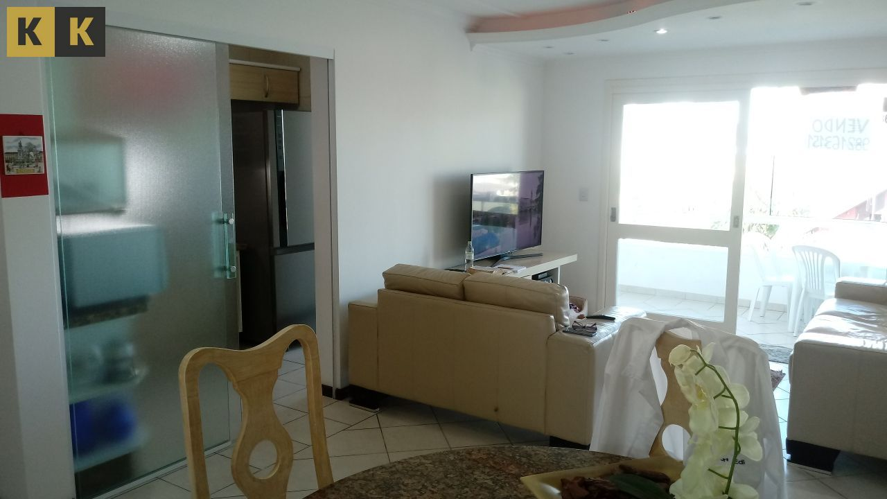 Apartamento com 2 Dormitórios à venda, 81 m² por R$ 390.000,00