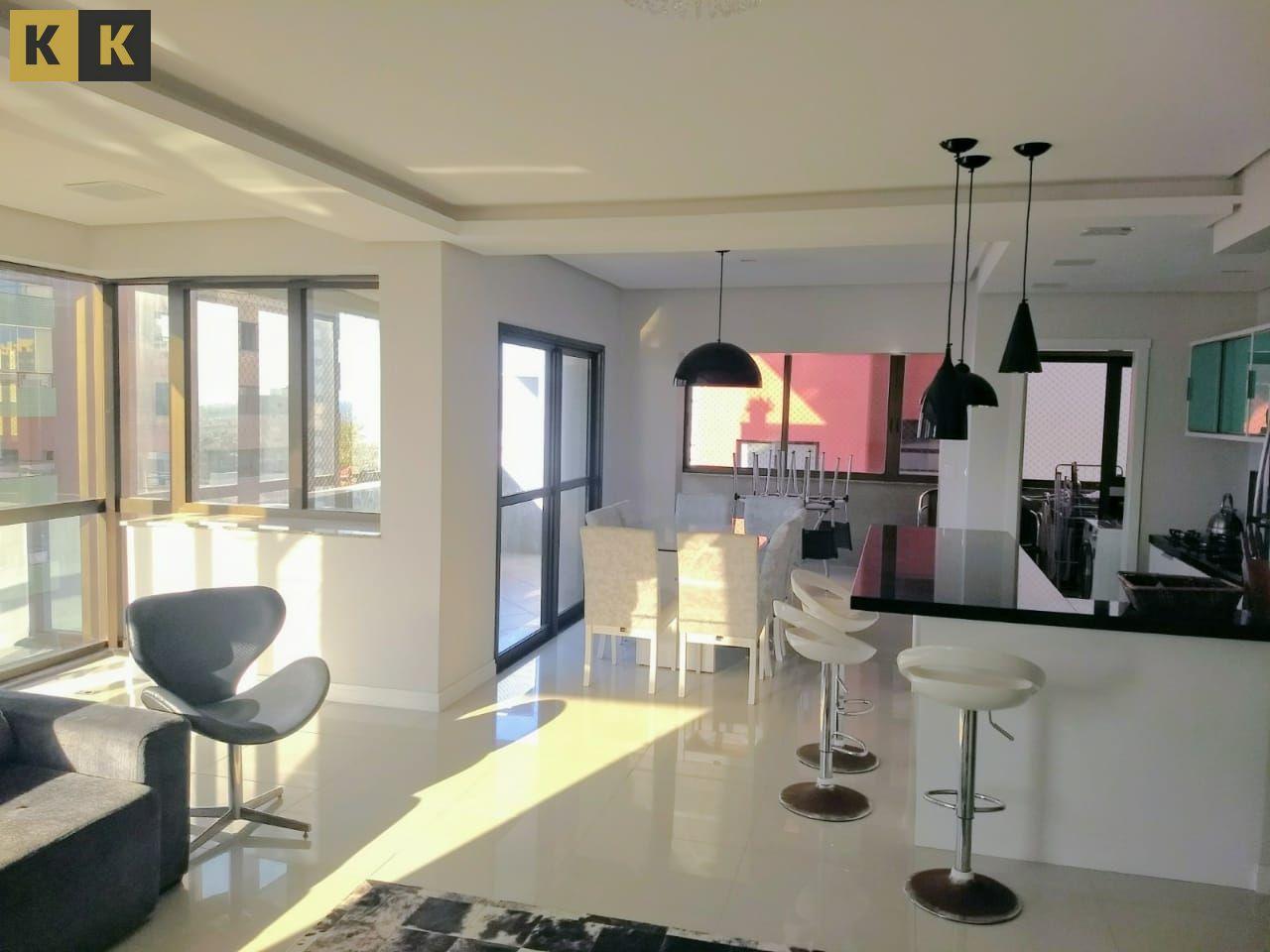 Apartamento com 3 Dormitórios à venda, 140 m² por R$ 975.000,00
