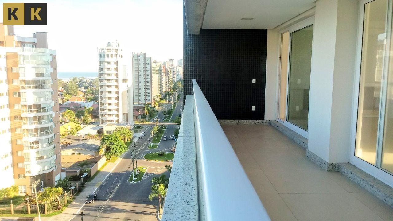 Apartamento com 4 Dormitórios à venda, 230 m² por R$ 1.850.000,00