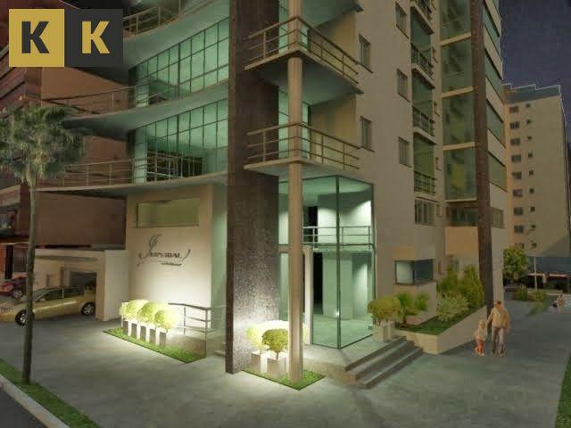 Apartamento com 3 Dormitórios à venda, 202 m² por R$ 2.400.000,00
