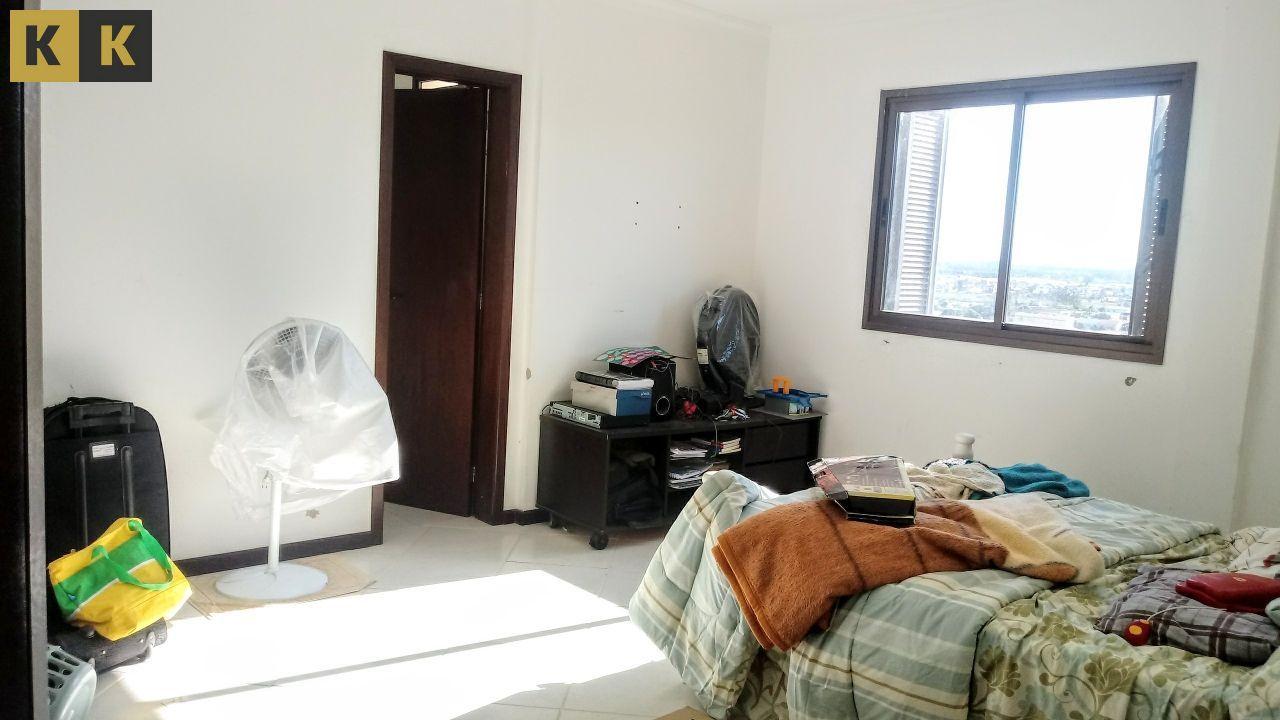Cobertura com 3 Dormitórios à venda, 200 m² por R$ 750.000,00