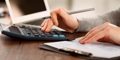 Oito dicas para economizar dinheiro