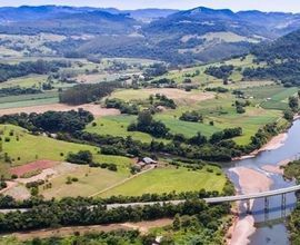 area-rural-pouso-novo-imagem