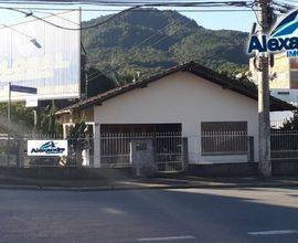 Casa de alvenaria no bairro Baependi em Jaraguá do