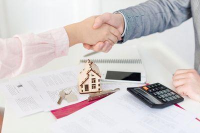 Investimento em imóveis: vantagens em investir em imóveis para locação e revender