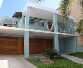 Casa com piscina em Torres RS