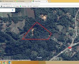 Marcação aproximada da área e da entrada junto a rodovia