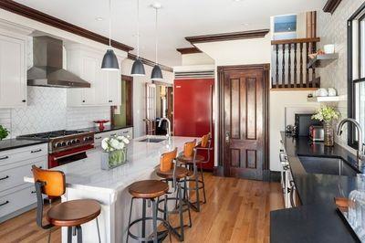 Cozinha renovada para impressionar