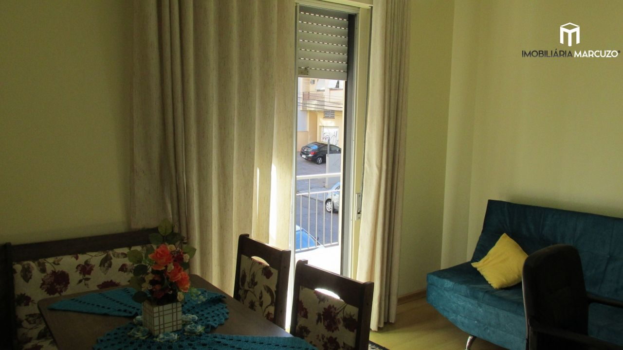 Apartamento com 3 Dormitórios à venda, 91 m² por R$ 330.000,00