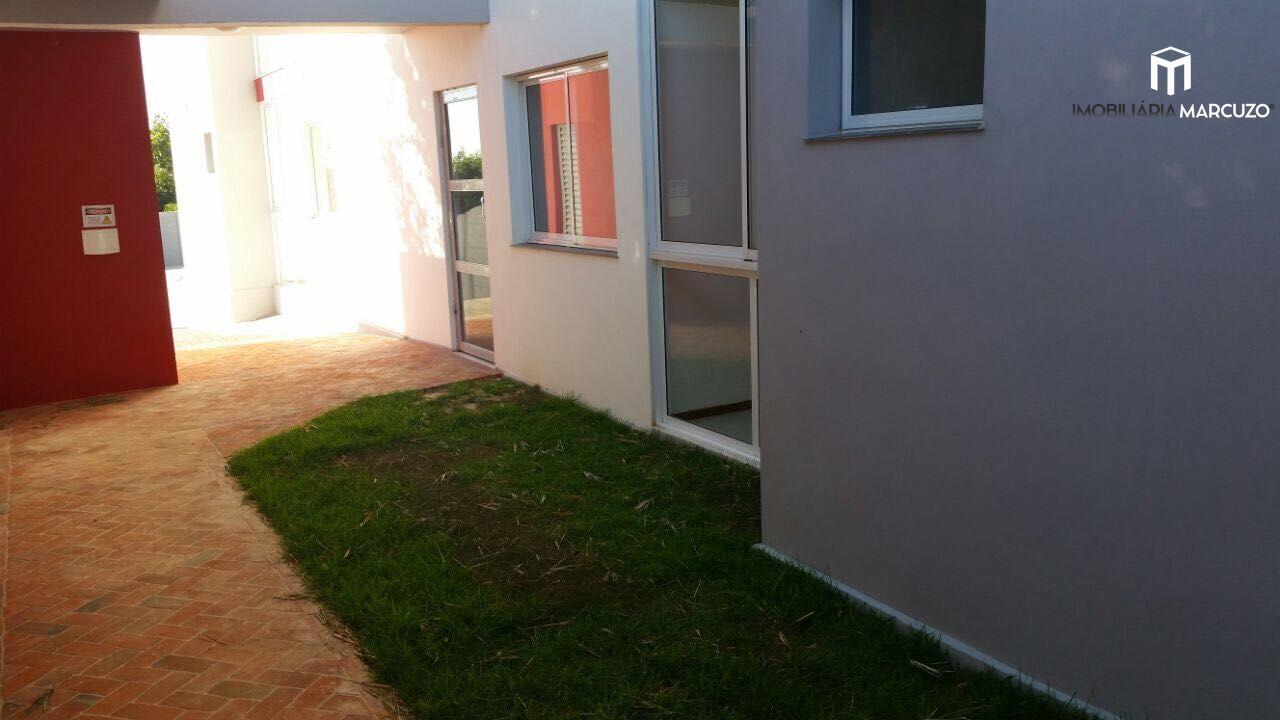 Apartamento com 2 Dormitórios à venda, 66 m² por R$ 190.000,00