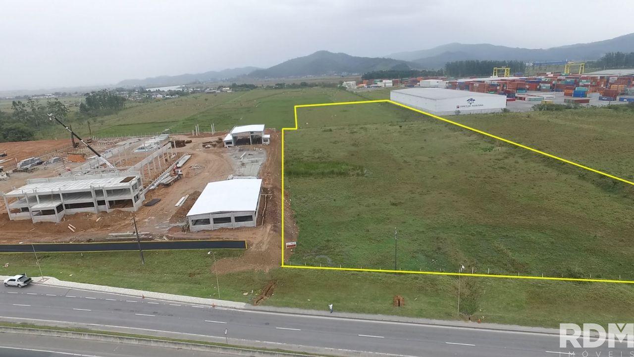Terreno/Lote à venda  no Salseiros - Itajaí, SC. Imóveis