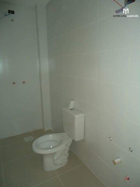 Apartamento com 2 Dormitórios à venda, 95 m² por R$ 350.000,00