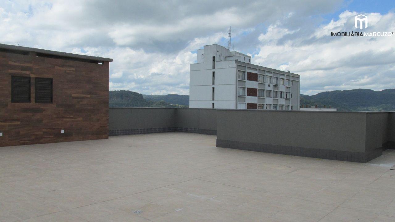 Apartamento com 1 Dormitórios à venda, 41 m² por R$ 270.000,00