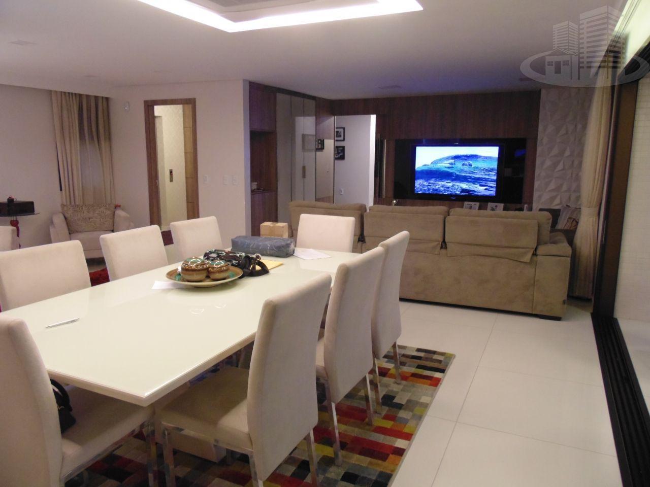 Apartamento à venda  no Guarapes - Fortaleza, CE. Imóveis
