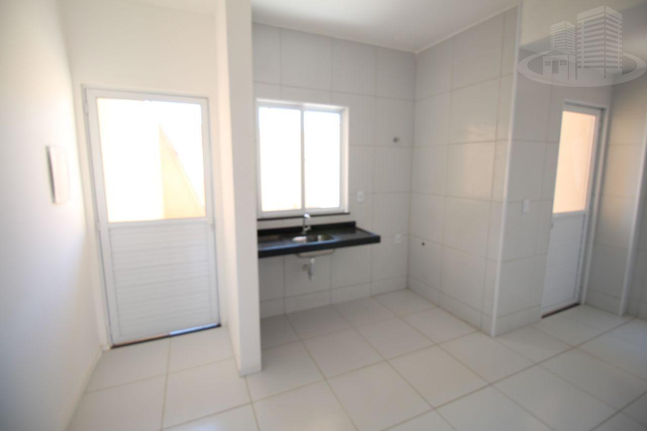 Casa com 2 Dormitórios à venda, 81 m² por R$ 175.000,00