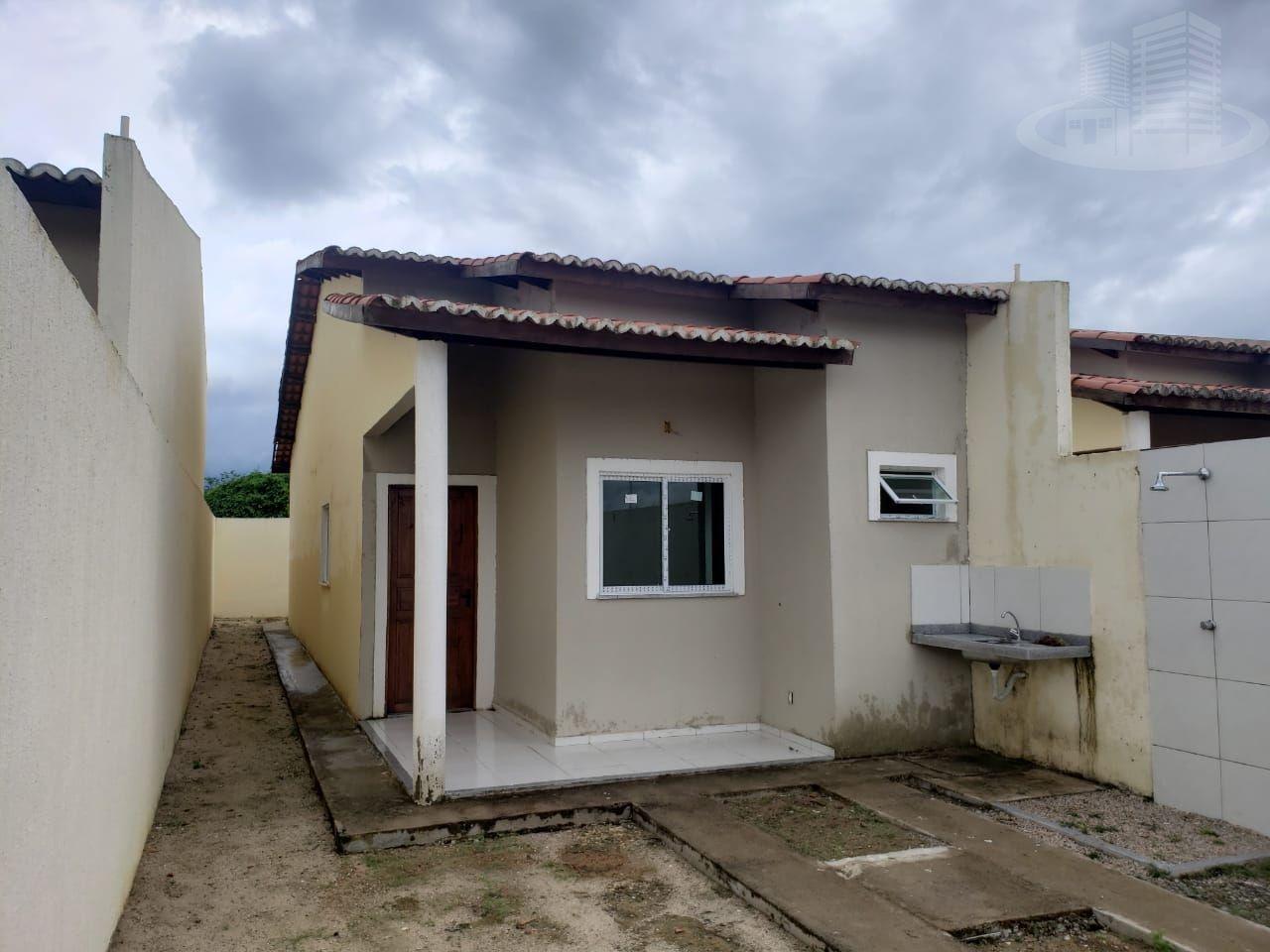 Casa com 2 Dormitórios à venda, 72 m² por R$ 135.000,00