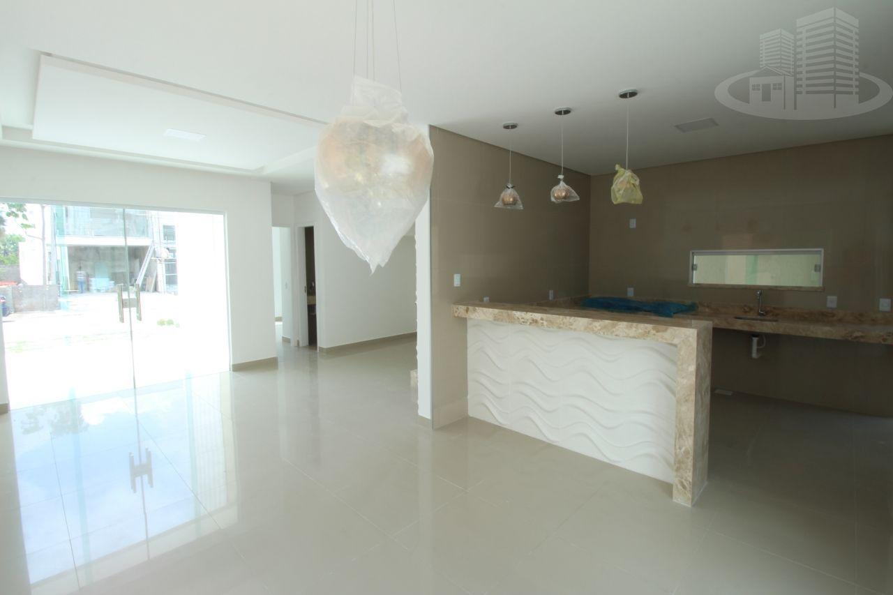 Casa em condomínio com 4 Dormitórios à venda, 179 m² por R$ 560.000,00