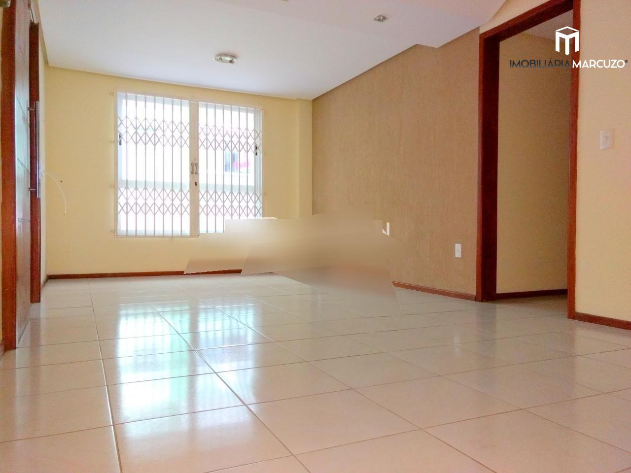 Apartamento com 2 Dormitórios à venda, 70 m² por R$ 320.000,00