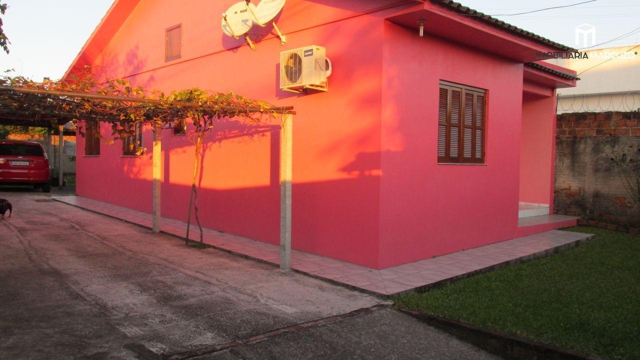Casa com 3 Dormitórios à venda, 70 m² por R$ 260.000,00