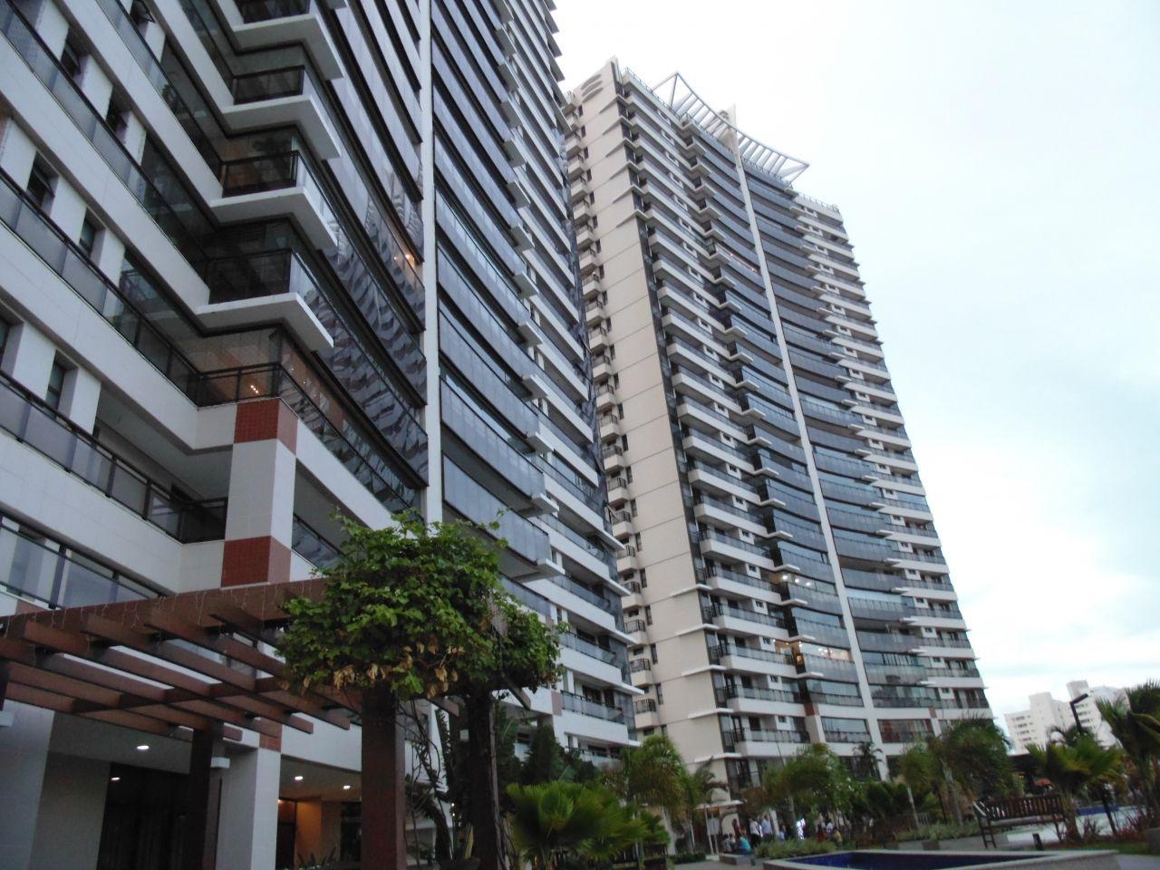 Apartamento com 3 Dormitórios à venda, 259 m² por R$ 1.780.000,00